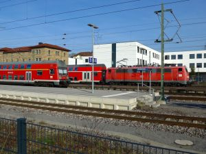 Doppelstockwagen im Bhf Neckarsulm